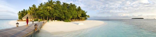 Opinião panorâmico de Maldives do console de Ihuru na manhã Imagens de Stock Royalty Free