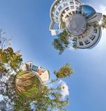 Opinião panorâmico dos planetas 360 verdes pequenos Fotografia de Stock