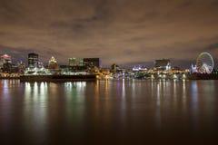 Opinião parcial da skyline em Montreal velho histórico e na skyline de Montreal imagens de stock royalty free