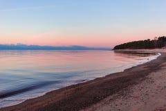 Opinião romântica do por do sol sobre o mar Báltico Fotografia de Stock
