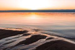 Opinião romântica do por do sol sobre o mar Báltico Imagem de Stock Royalty Free