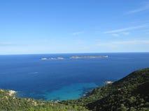 Opinião sardo do mar e paisagem, costa de Villasimius imagem de stock royalty free