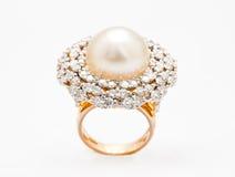 Opinião superior de anel de diamante Imagem de Stock