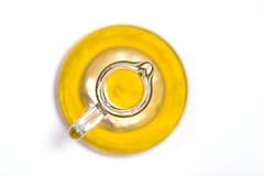 Opinião superior de frasco de petróleo verde-oliva fotografia de stock royalty free