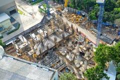 Opinião superior a fundação e o trabalhador da construção Imagem de Stock