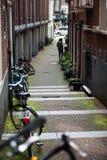 Opinião típica da bicicleta de Amsterdão Imagens de Stock