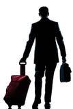 Opinião traseira de passeio do homem do viajante de negócio Fotografia de Stock