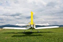 Opinião traseira do avião fotografia de stock