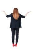 Opinião traseira a mulher de negócio bonita Imagens de Stock