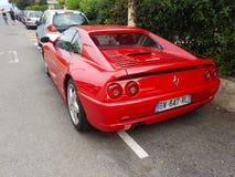 Opinião traseira vermelha luxuosa de Ferrari F355 Berlinetta foto de stock royalty free