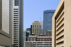 Opinião urbana dos bulidings da cidade da baixa de Dallas Imagem de Stock