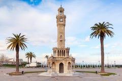 Opinião vazia do quadrado de Konak com a torre de pulso de disparo histórica izmir Fotos de Stock Royalty Free