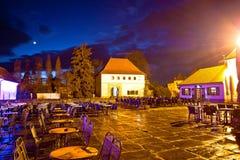 Opinião velha da noite da praça da cidade de Varazdin Imagens de Stock