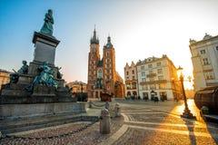 Opinião velha do centro da cidade em Krakow imagem de stock royalty free