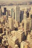 Opinião velha retro do estilo do filme de Manhattan Fotografia de Stock