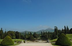 Opinião verde impressionante do jardim Fotografia de Stock Royalty Free