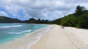 Opinión aérea Baie Lazare Beach, Mahe Island, Seychelles 4 almacen de metraje de vídeo