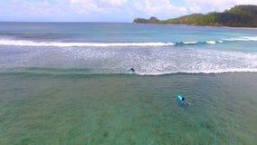 Opinión aérea Baie Lazare Beach, Mahe Island, Seychelles 6 almacen de metraje de vídeo