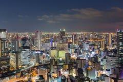 Opinión aérea céntrica de la ciudad de Osaka en la noche Fotografía de archivo libre de regalías