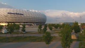 Opinión aérea de la arena de Allianz del abejón almacen de video