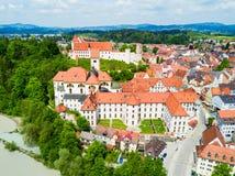 Opinión aérea de la ciudad de Fussen Fotografía de archivo