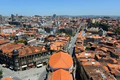 Opinión aérea de la ciudad vieja de Oporto, Portugal imágenes de archivo libres de regalías