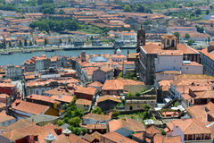 Opinión aérea de la ciudad vieja de Oporto, Portugal Fotografía de archivo libre de regalías