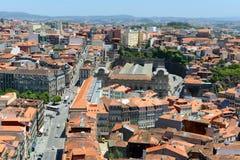 Opinión aérea de la ciudad vieja de Oporto, Portugal fotos de archivo