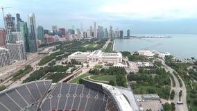 Opinión aérea de la línea de la playa del lago Michigan en Chicago, Illinois metrajes