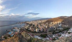 Opinión aérea de la mañana Santa Cruz, capital de las islas Canarias imagen de archivo