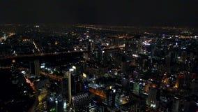 opinión aérea de la noche 4K del tráfico de Bangkok metrajes