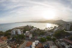 Opinión aérea de la puesta del sol de la bahía de Pampatar en Margarita Island Fotos de archivo libres de regalías