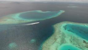 Opinión aérea de Maldivas almacen de video