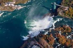 Opinión aérea de Niagara Falls foto de archivo libre de regalías