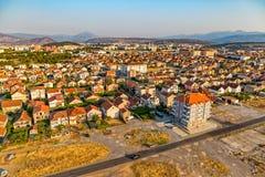 Opinión aérea de Podgorica Imagen de archivo