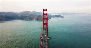 Opinión aérea de puente Golden Gate, San Francisco, los E.E.U.U. almacen de video