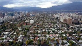 Opinión aérea del abejón de Santiago la capital de Chile Fotografía de archivo libre de regalías