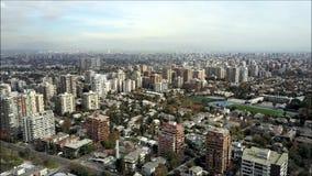 Opinión aérea del abejón de Santiago la capital de Chile Foto de archivo