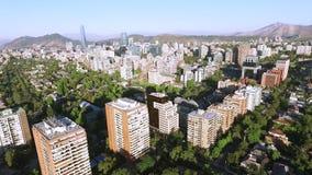 Opinión aérea del abejón de Santiago la capital de Chile Imagenes de archivo