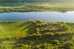 Opinión aérea del abejón del río de Nemunas, un del este importante - riv europeo Fotos de archivo