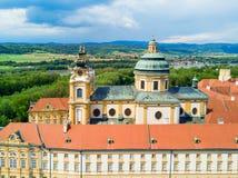 Opinión aérea del monasterio de Melk Imagenes de archivo