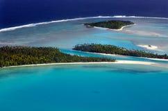 Opinión aérea el cocinero Islands de la laguna de Aitutaki imágenes de archivo libres de regalías