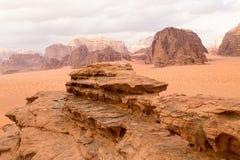 Opinión aérea panorámica del paisaje, desierto de Wadi Rum, Jordania Fotografía de archivo libre de regalías