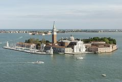 Opinión aérea San Giorgio Maggiore Island en Venecia, Italia fotografía de archivo