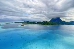 Opinión aérea sobre Bora Bora Foto de archivo libre de regalías