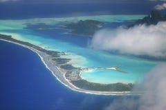 Opinión aérea sobre Bora Bora fotografía de archivo