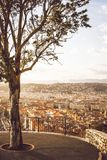 Opinión aérea sobre Niza de la colina del castillo fotografía de archivo