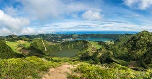 Opinión al Caldeira de Sete Cidades, isla de Miguel del sao, Azores, Foto de archivo libre de regalías