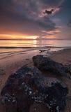Opinión asombrosa de la puesta del sol de la playa foto de archivo libre de regalías