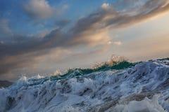 Opinión azul del mar de la ola oceánica foto de archivo libre de regalías